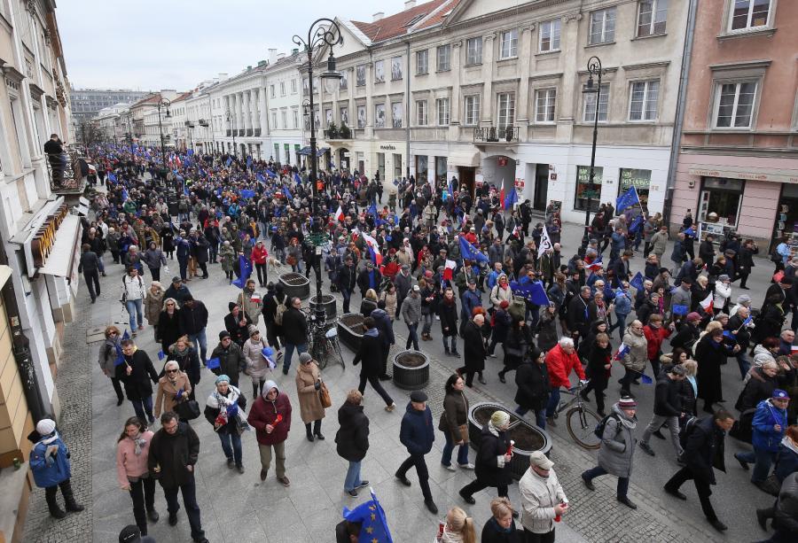 Marsz dla Europy w centrum Warszawy