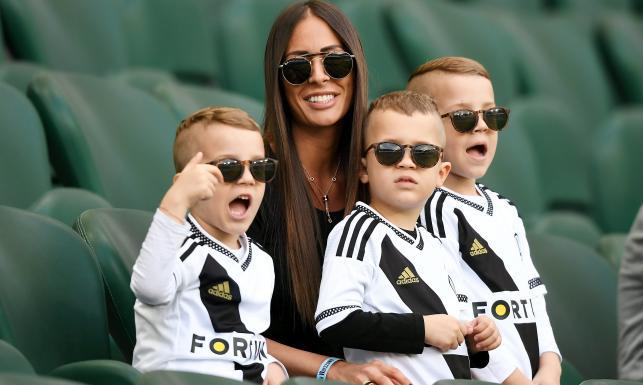 Piękna żona Miroslava Radovica częstym gościem na trybunach stadionu Legii [FOTO]