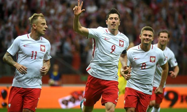 El. MŚ 2018: Wielki mecz Lewandowskiego. Strzelił trzy gole Rumunii. Polska blisko awansu