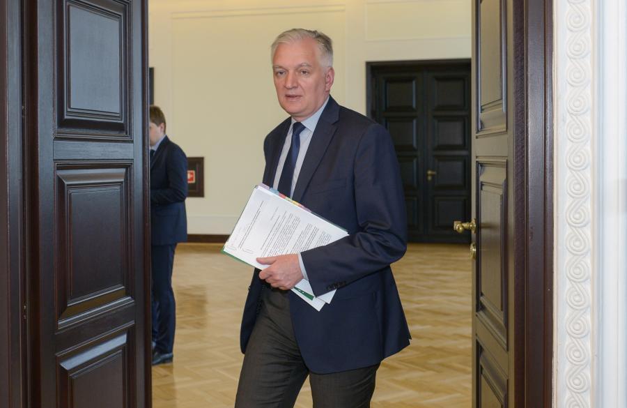 Wicepremier, minister nauki Jarosław Gowin przed posiedzeniem Rady Ministrów.