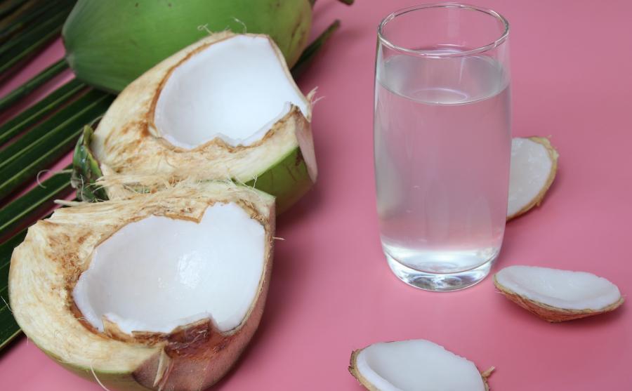 Zdrowa woda kokosowa