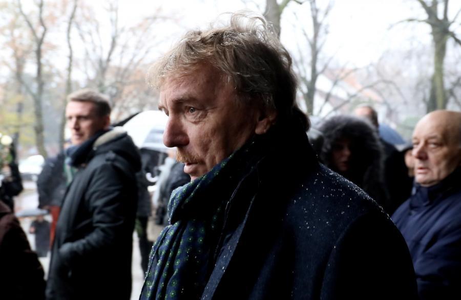Prezes PZPN Zbigniew Boniek podczas uroczystości pogrzebowych