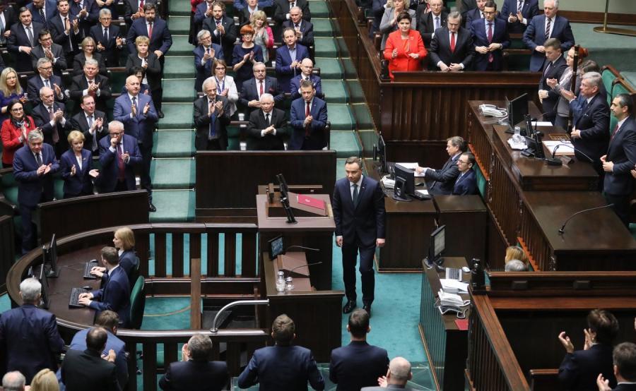 Prezydent Andrzej Duda po wygłoszeniu orędzia podczas posiedzenia Zgromadzenia Narodowego
