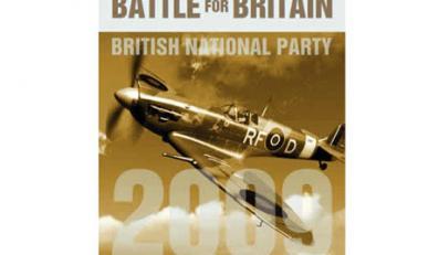 Brytyjscy narodowcy uderzyli w Polaków polskim myśliwcem