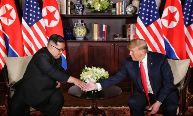 Edward Lucas: Porozumienie Trump - Kim to historyczny błąd. Polska może się obawiać o sojusz z USA