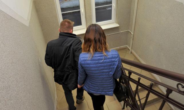 Rodzice nie zgodzili się na zaszczepienie. Prokuratura: Mieli prawo zabrać noworodka ze szpitala