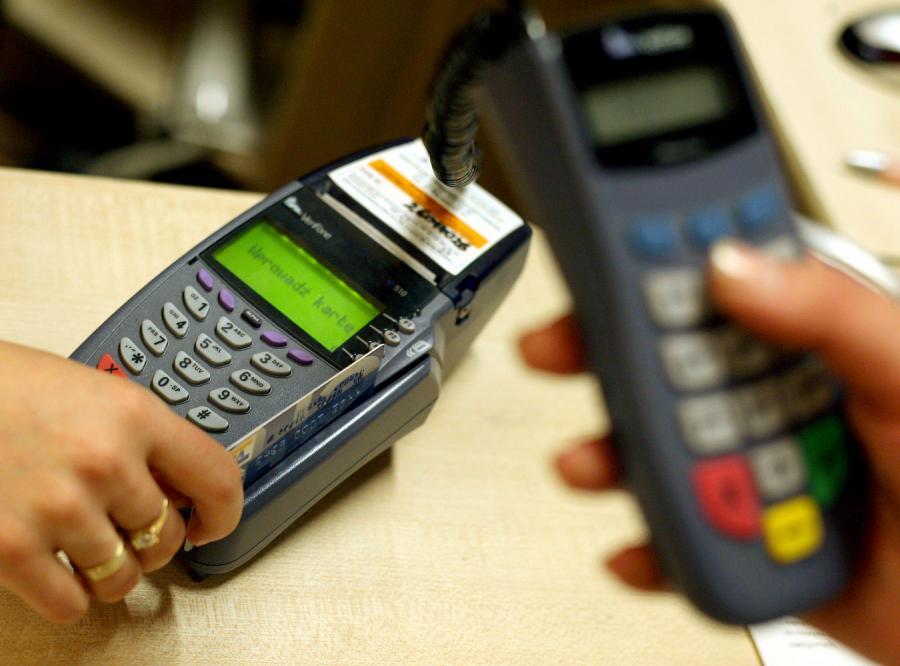 Rachunki na poczcie zapłacimy kartą