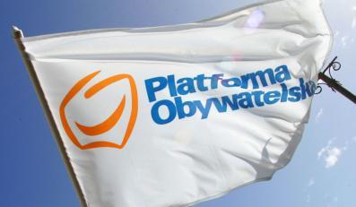 Platforma trzyma się mocno. PSL poza Sejmem