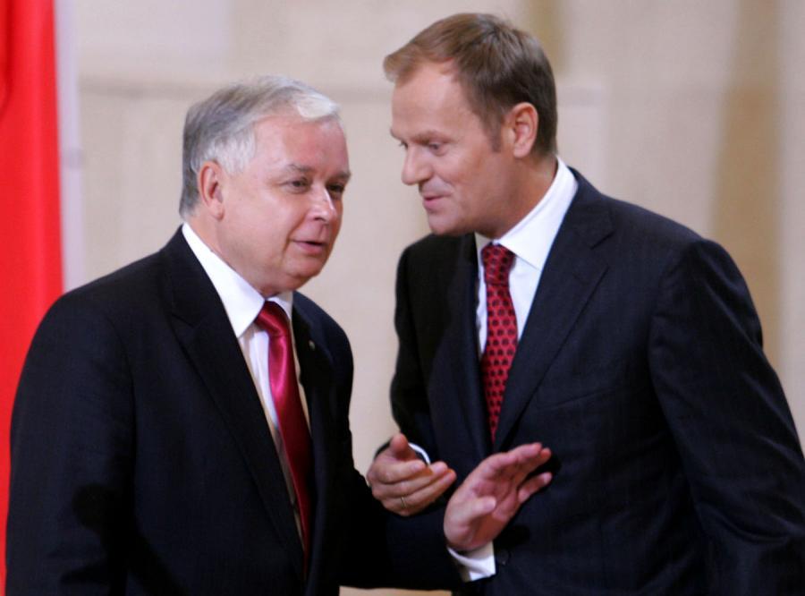 Tusk i Kaczyński zawieszają broń