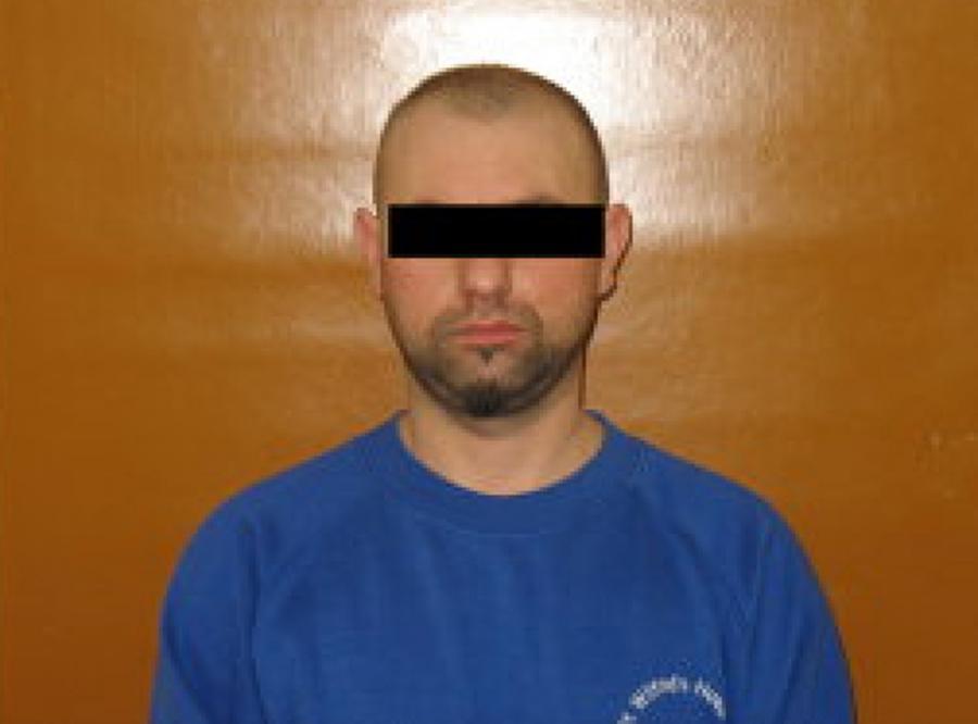 Wypuszczony z aresztu zamordował żonę