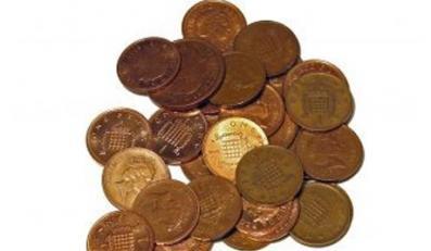60-latek z Suwałk za 10 tysięcy złotych kupił garść nic niewartych miedziaków