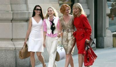 "September 21, 2007: Kristin Davis, Sarah Jessica Parker, Cynthia Nixon and Kim Cattrall on the set of ""Sex and the City: The Movie"" currently shooting in New York City.Credit: Dara Kushner/INFphoto.com Ref.: infusny-05/42FOT. BULLS"