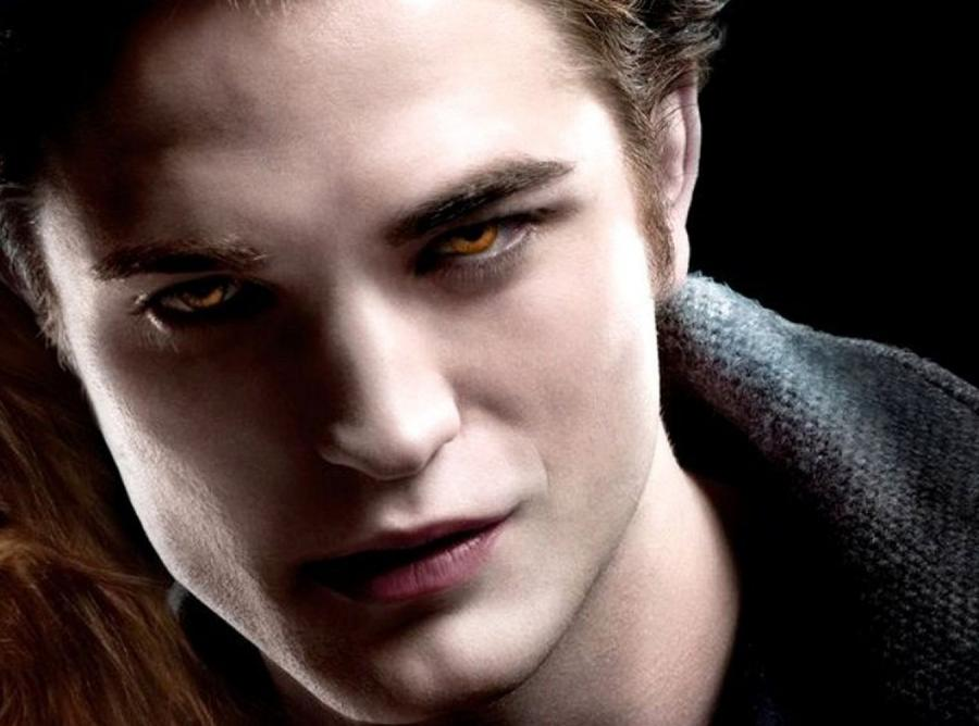 Robert Pattinson jako Edward Cullen