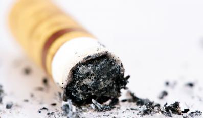 Sejm zakazał palenia, ale nie wszędzie