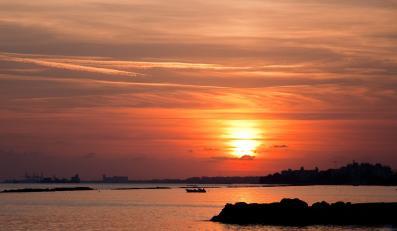 Zachód słońca nad Cyprem