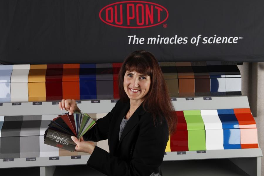 Nancy Lockhart, menadżer ds. marketingu kolorów DuPont
