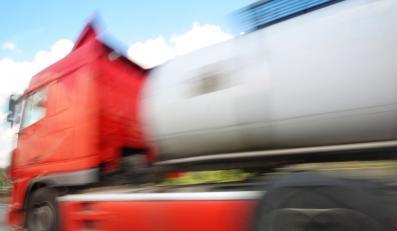 Tachografy w ciężarówkach wyłączane na pilota