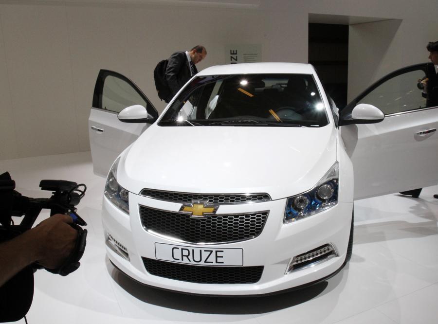 Nagły spadek sprzedaży aut w Chinach. Co się stało?