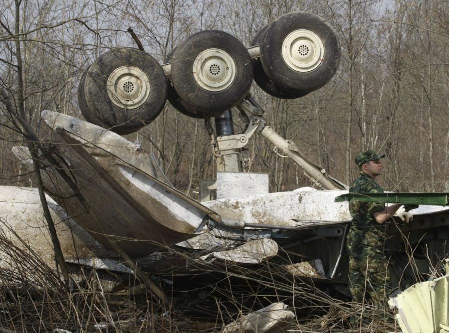 Czy do katastrofy Tu-154M doprowadził rozpylony nad Smoleńskiem hel? Tak sugeruje mec. Rafał Rogalski