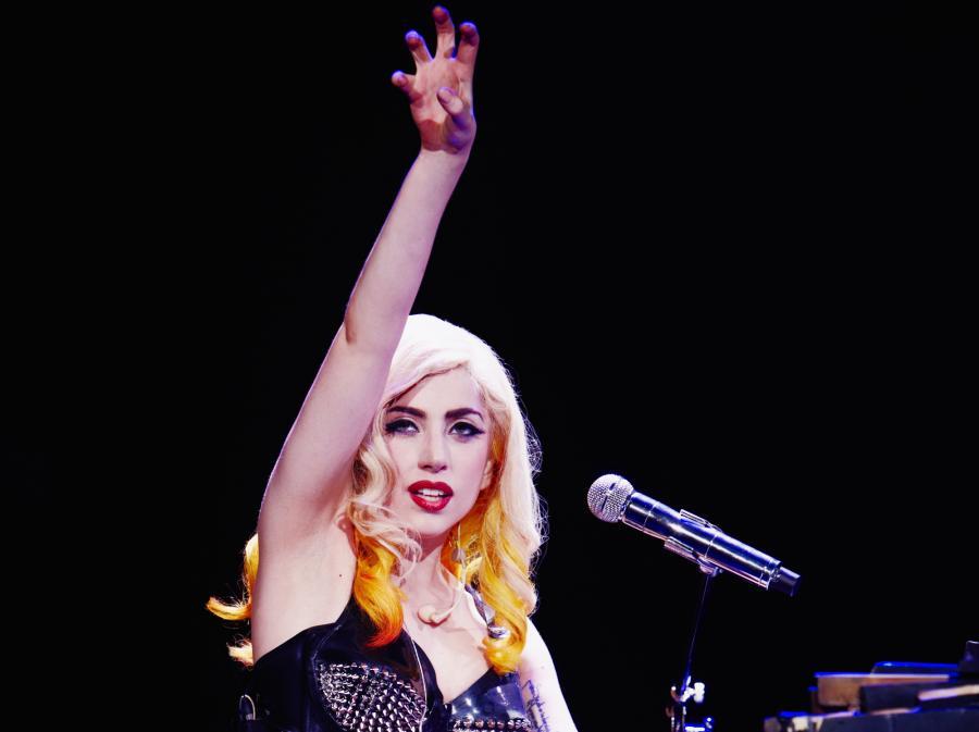 Lady GaGa: Kiedy jesteś z dala od kogoś, kogo kochasz, staje się to torturą