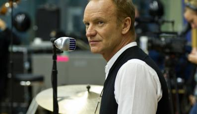 Sting śpiewa dla Amnesty International