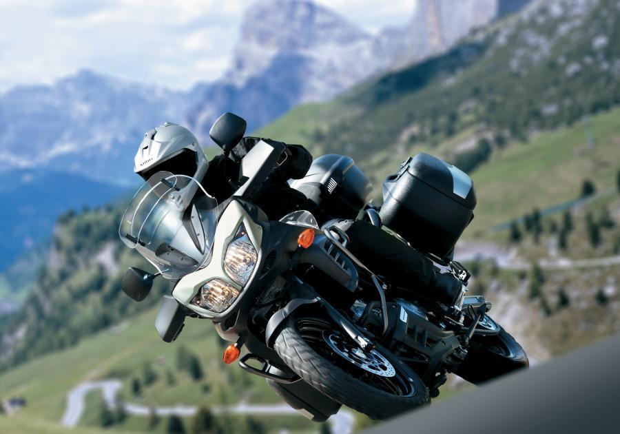 Od lipca Suzuki wprowadza na rynek europejski nowy motocykl Sports Enduro Tourer V-Strom 650 ABS