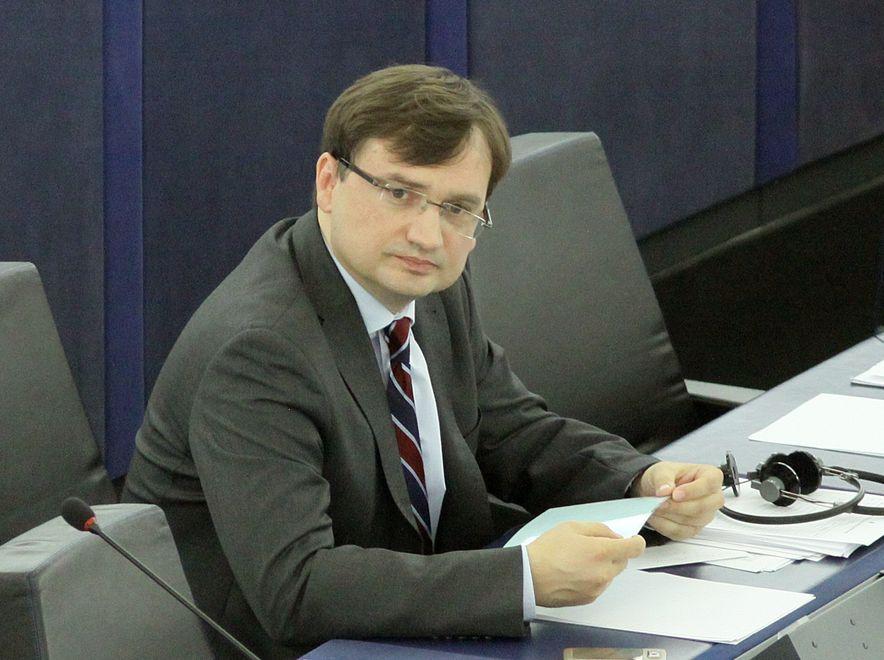 Wystąpienie Ziobry w Strasburgu fatalnie przyjęte w PiS