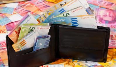 Analitycy: W poniedziałek frank może znów pobić rekord