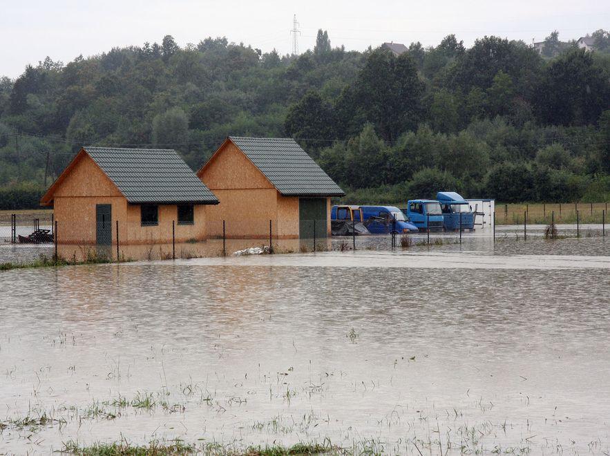 Powódź w podkrakowskich Dobczycach
