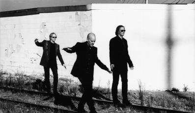 R.E.M wyda suplement z nowościami