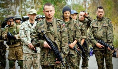 """Paweł Małaszyński na szkoleniu do """"Misji: Afganistan"""""""