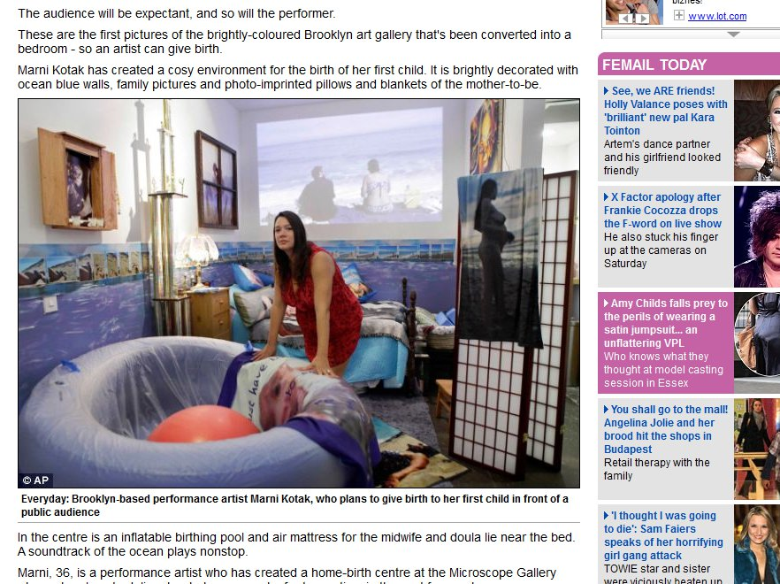 Marni Kotak w urządzonej przez siebie galerii, w której urodzi dziecko na oczach publiczności. Źródło: dailymail.co.uk