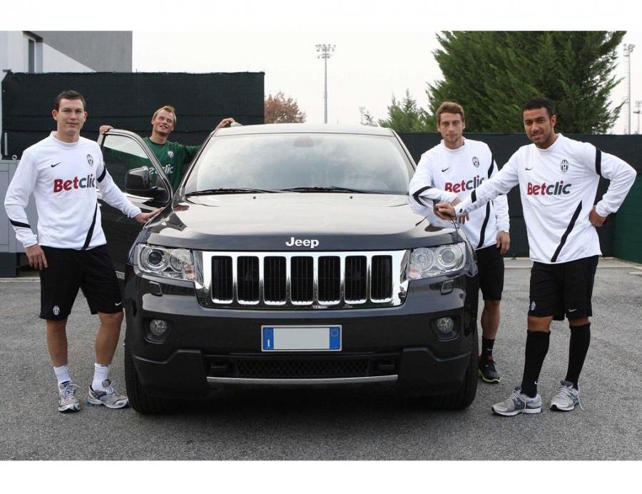 Piłkarze Juventusu Turyn dostali 25 Jeepów Grand Cherokee