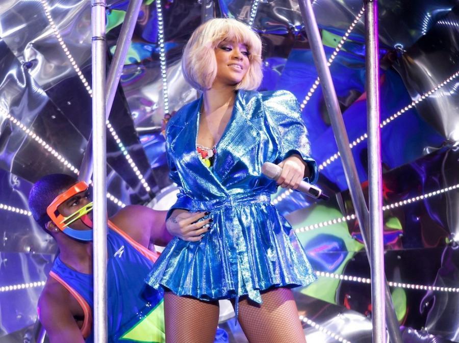 Rihanna ma inną metodę na przebój –świetnego producenta Jay\'a-Z