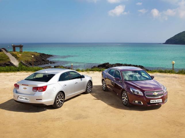 Testy rozpoczęto w pierwszym kwartale 2010 roku. W programie wykorzystano około 170 samochodów w wersji przedprodukcyjnej, które przejeżdżały miesięcznie średnio ponad 45 tys. 450 mil (73 tys. 145 km)