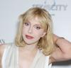 Courtney Love z narkotykami zetknęła się już jako czterolatka! Dopiero w ostatnich latach zrezygnowała z brania, co bardzo korzystnie odbiło się na jej wyglądzie