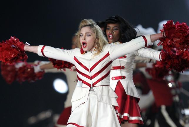 Madonna podczas koncertu w Tel Avivie