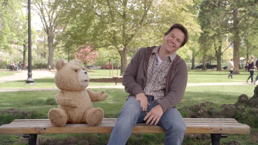 Mark Wahlberg i jego przebojowy miś\