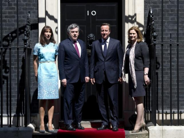 Samantha i David Cemeron oraz Sarah i Gordon Brown