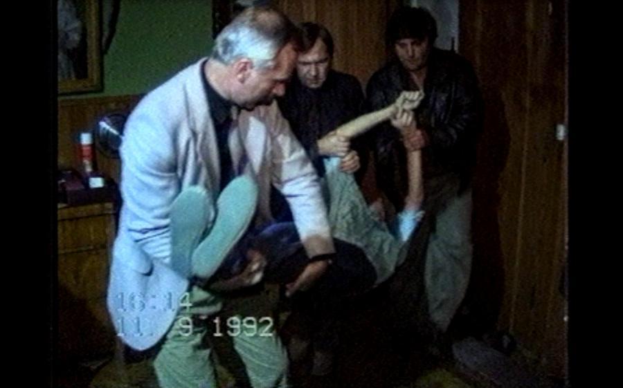Zdjęcia z policyjnej wizji lokalnej w domu Jaroszewiczów