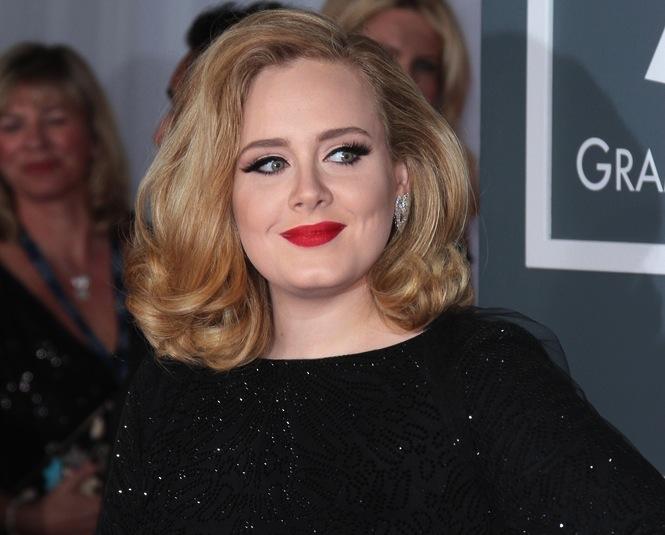 Adele nie wybrała jeszcze imienia dla synka