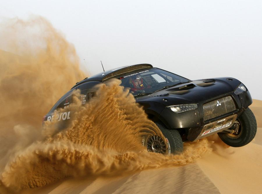 Nowy Racing Lancer - niech drży pustynia!