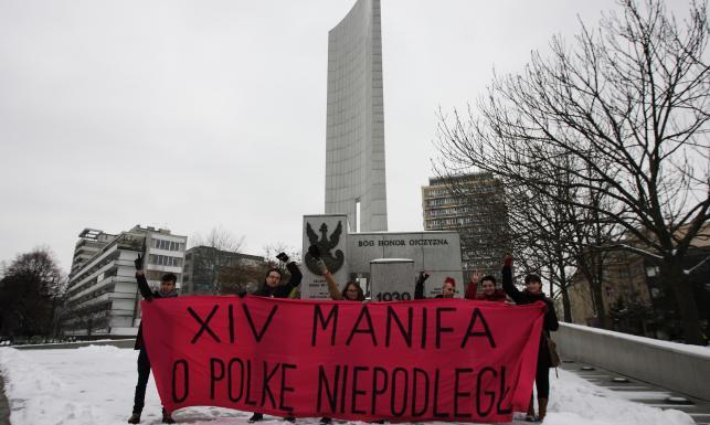 Manifa w Warszawie. Przepychanki i ostre słowa. ZDJĘCIA