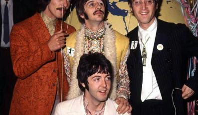Kolekcjonerskie zdjęcia Beatlesów hitem aukcji