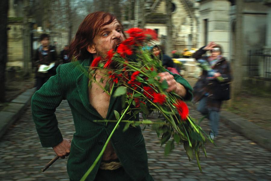 Denis Lavant w filmie \