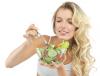 Zamiast ciężkostrawnych potraw, zjedz sałatkę