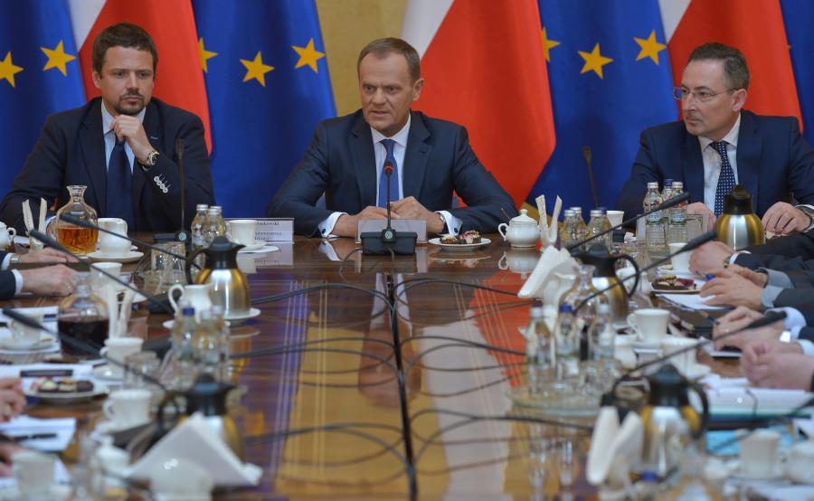 Donald Tusk na spotkaniu z wojewodami