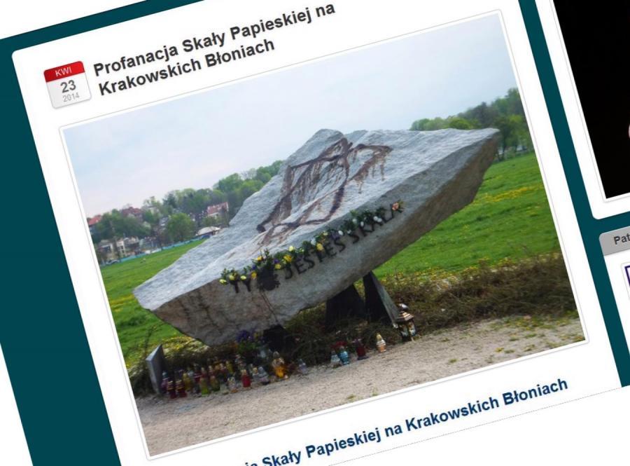 Zniszczono pomnik papieski na krakowskich Błoniach (źródło: http://wkrakowie2014.wordpress.com)
