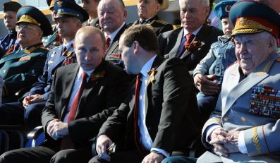Prezydent Władimir Putin i premier Dmitrij Miedwiediew