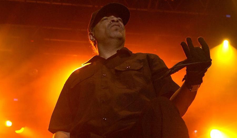 Ice-T: Pomyślałem, że zadedykuję ten numer dziewczynom, które przychodzą na koncerty i dają czadu